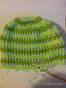 finished crochet boys hat (green color)
