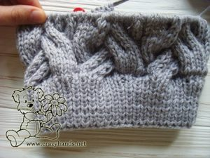 Knitting the body of adult knitted hat in gradient colors