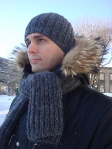 men's knit scarf pattern and slouchy knit hat