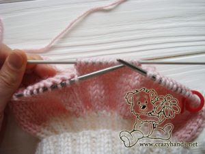 Pink Marshmallow Cable Knitted Hat - Cable Ten Back, step 1