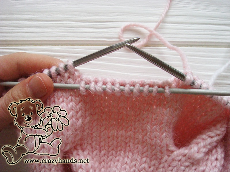 Pink Marshmallow Cable Knitted Hat - Cable Ten Front, step 1