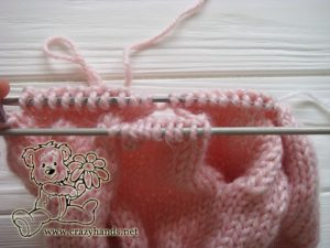 Pink Marshmallow Cable Knitted Hat - Cable Ten Back, step 2
