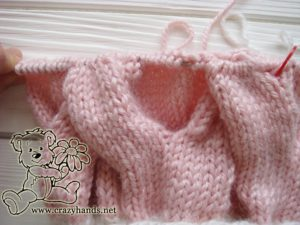 Pink Marshmallow Cable Knitted Hat - Cable Ten Back, step 3