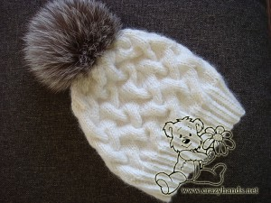 White cable knit hat for winter with silver fox fur pom pom c7784520e55