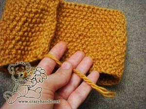 Sewing both ends of the knitted headband - step #3