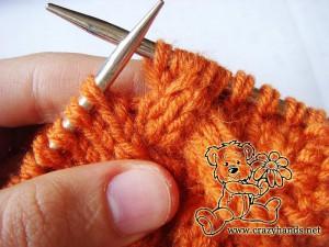 Knit cowl pattern: cable 3 back knitting stitch description - step#3