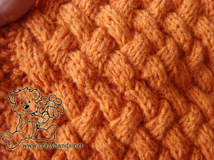 cable pattern of knit cowl
