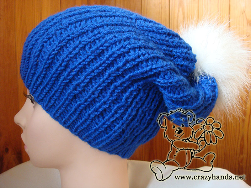 Blue slouchy hat knitting pattern