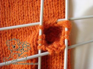 Knitted mittens pattern: how to knit gusset section step #3