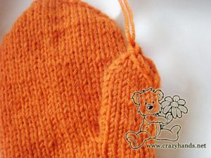 Knitted mittens pattern: how to knit gusset section step #6