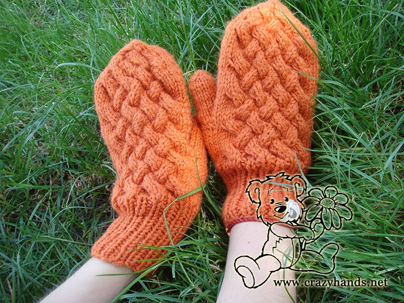 Wicker knitting set: knitted mitten patterns