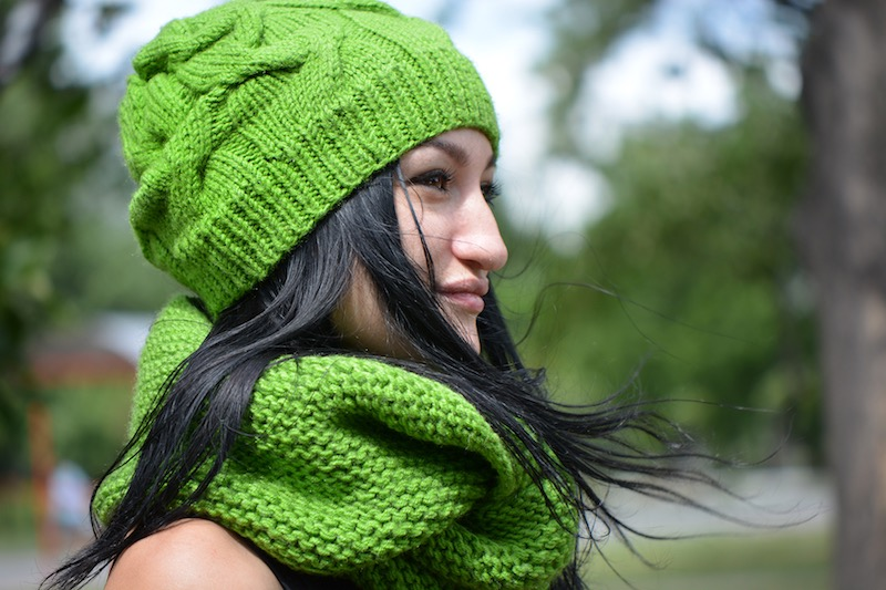 Easy Knit Hat Pattern - Shamrock Green Cable Hat