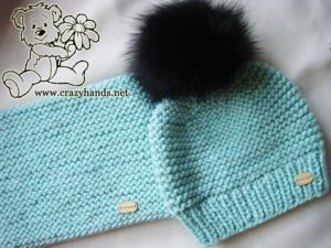 cute knit set for babies: knit hat with fur pom pom and knit infinity scarf
