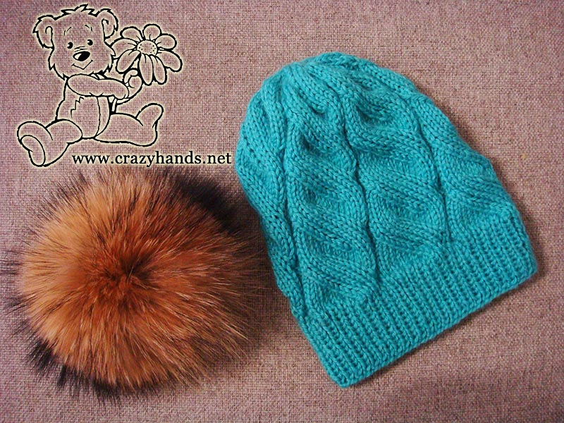 Azure cable hat knitting pattern