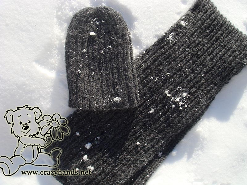 Men's knit scarf pattern and slouchy knit hat pattern