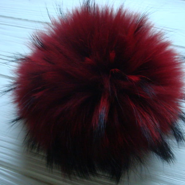 Dark red pom pom