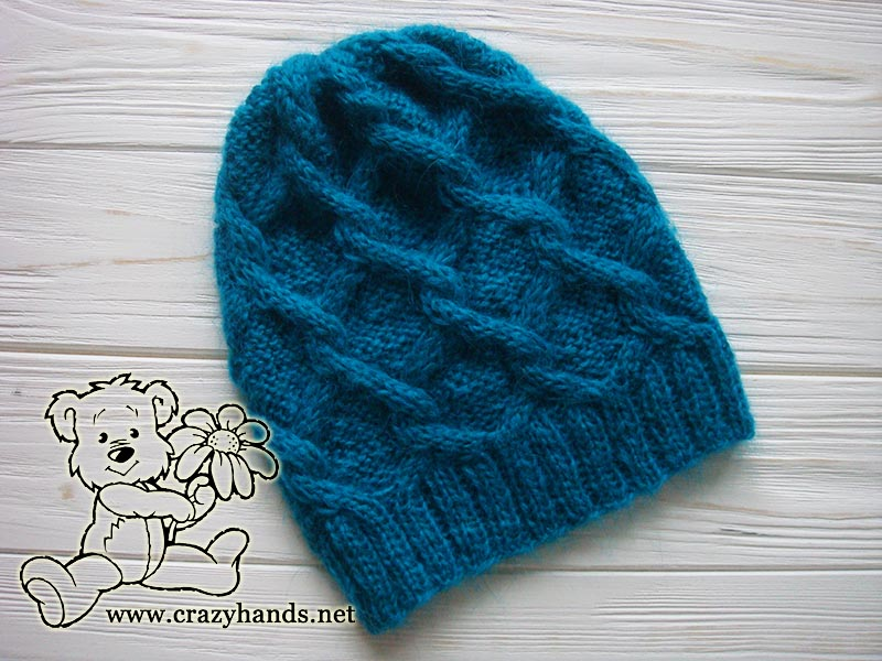Diamond knit hat without fur pom pom