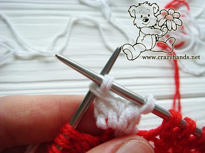 Santa Hat Pattern: knitting bobble stitch, step 10