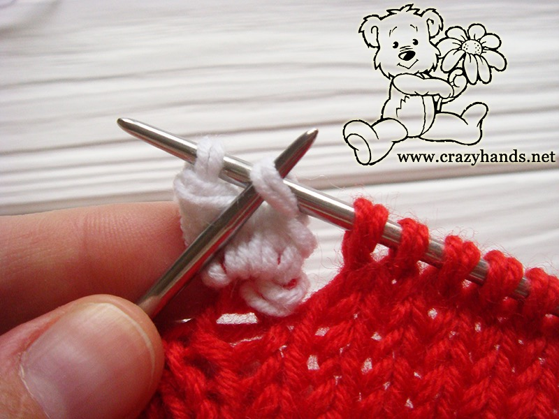 Santa Hat Pattern: knitting bobble stitch, step 11