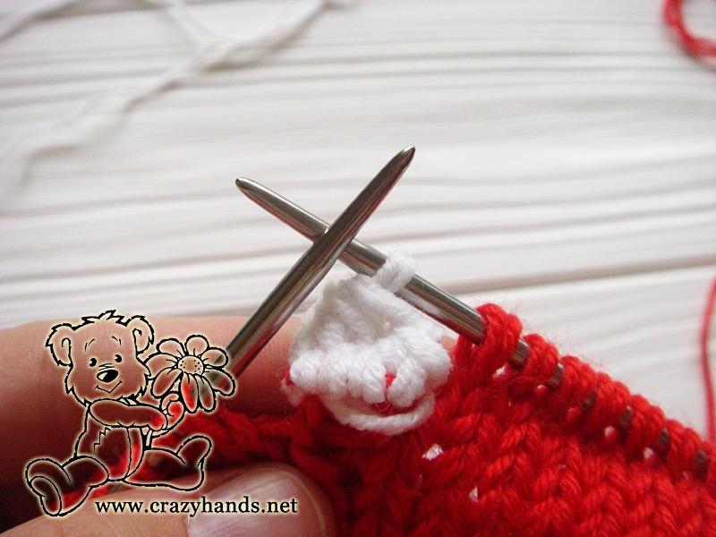 Santa Hat Pattern: knitting bobble stitch, step 13