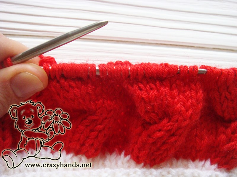 santa-cable-knit-hat-baby-cable-4-front