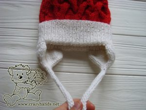 santa-style-cable-knit-hat-baby-earflaps