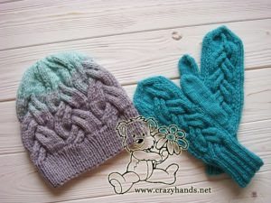 teal ocean knit mittens and gradient color knit hat