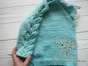 knitting-top-down-cable-sleeves-of-raglan-sweater-rounds-2-to-13