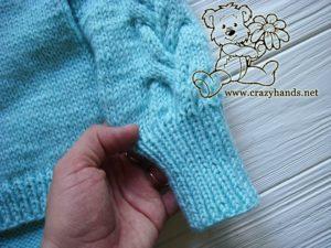 rib-cables-sleeve-raglan-sweater