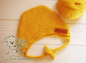 baby-bear-knit-bonnet-with-yarn-ball