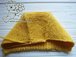 shaping-crown-baby-knit-bonnet