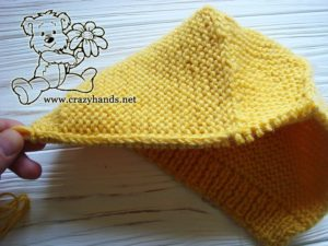working-out-edge-baby-knit-bonnet-photo-2