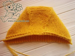 working-out-edge-baby-knit-bonnet-photo-3