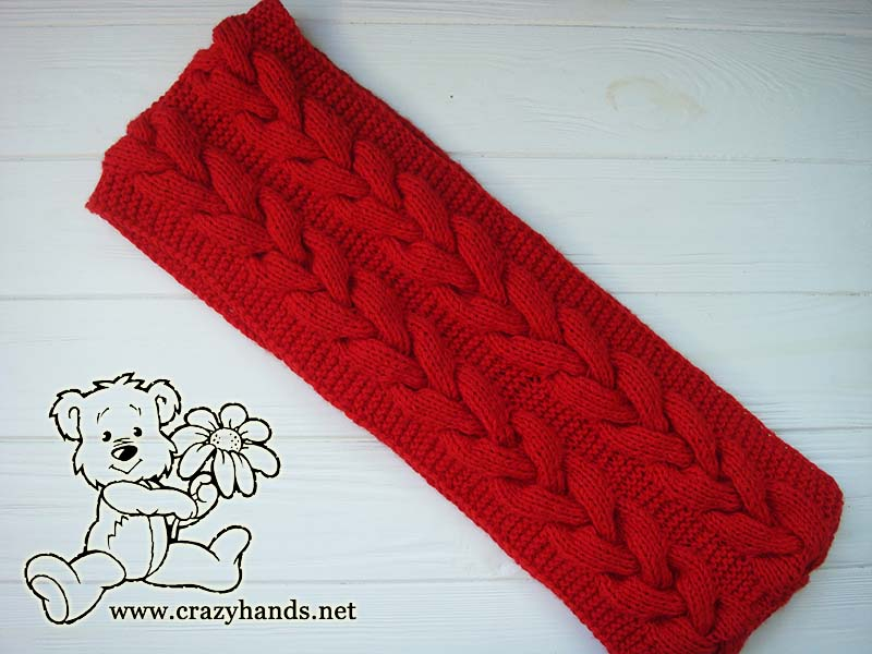 finished santa cable knit snood