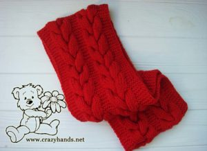 folded infinity santa cable knit scarf - photo 1