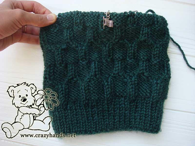 men's knit hat body part