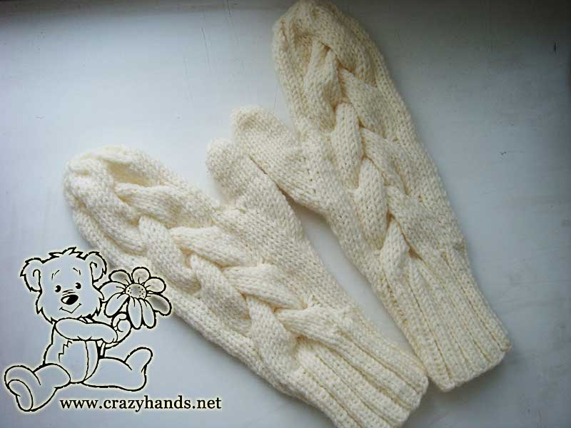 Finished Cable knit mittens