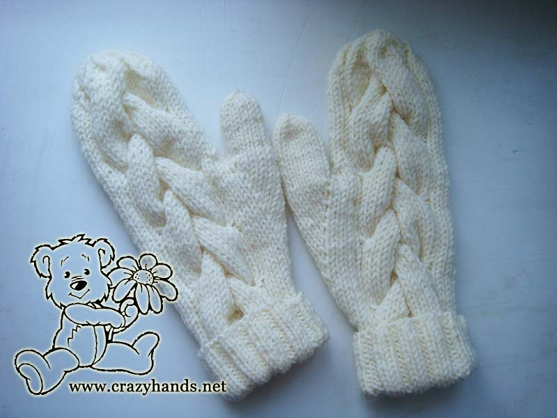 Snow Queen Knit Cable Gloves