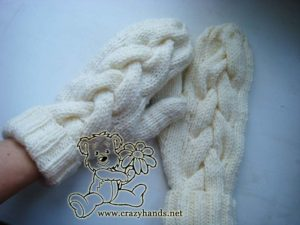 Snow Queen Knit Cable mittens