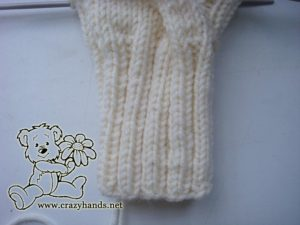 ribbing part of knit snow queen cable mittens